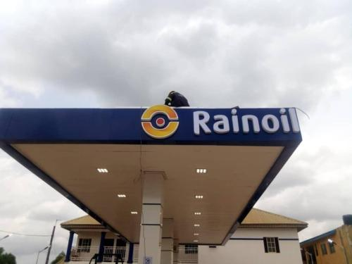 Rainoil Gas Station canopy Sign01